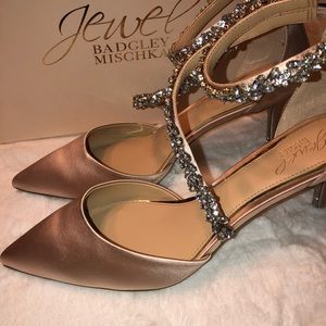 👠 Jewel Badgley Mischka Heels👠
